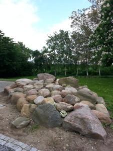 Anlagt-stenbed